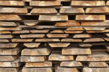 Gestapelte Holzbretter