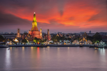 Wat Arun night view Temple in bangkok, Thailand 1