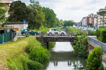 Ponte su canale, corso d' acqua, fiume