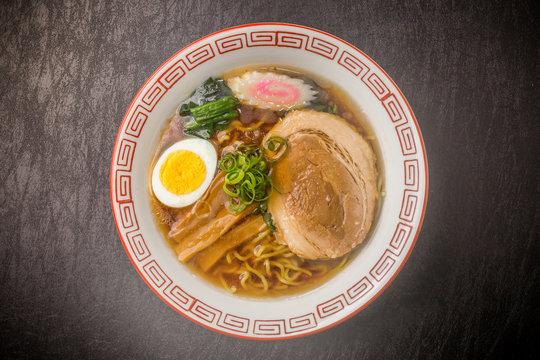 普通の醤油ラーメン Food of soy sauce ramen Japan