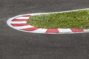 Spitzkehre beim Motorsport
