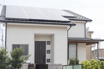 住宅 ソーラーパネル 施工例