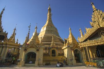 ヤンゴンのスーレー・パヤー