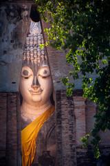 the big Buddha, in Sri Chum temple