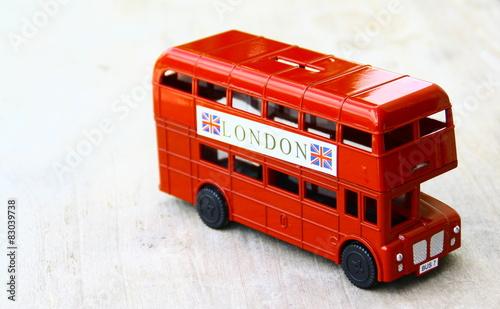 Bus anglais londres jouet isol photo libre de droits sur la banque d 39 images - Image de bus anglais ...