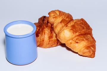 appetizer croissant