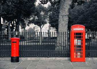 Wall Mural - London Telephone box