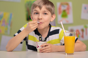 Boy eating healthy lunch