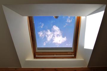 Fenêtre ouverte sur le ciel