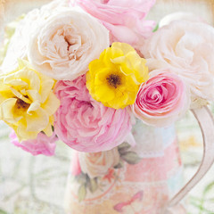 Beautiful fresh roses in a vase (vintage style)