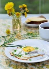 Завтраки с яйцомы