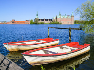 Boats and Palace Frederiksborg Slot, Hillerod, Denmark