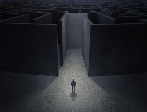 Man in front of a maze
