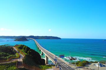 山口県の角島大橋