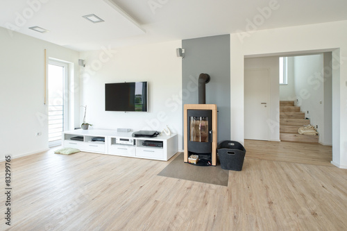 Wohnzimmer mit kamin stockfotos und lizenzfreie bilder auf bild 83299765 - Wohnzimmer mit kamin bilder ...