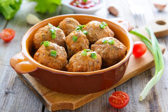 Meatballs in ceramic pan