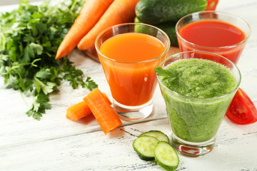 Fresh tomato, carrot and cucumber juice