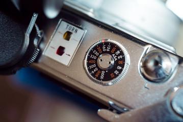 クラシックカメラのシャッターボタン部分