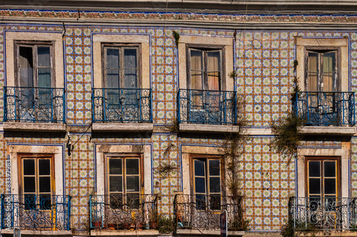 lissabon lisboa azulejos fliesen fassade haus stockfotos. Black Bedroom Furniture Sets. Home Design Ideas