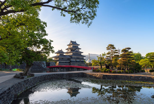 Matsumoto castle in the morning time