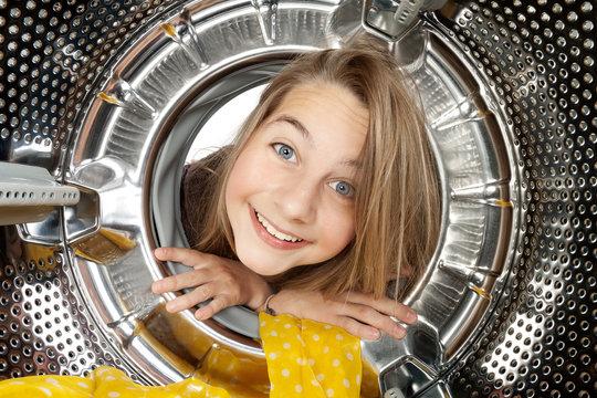 Portrait enfant machine à laver