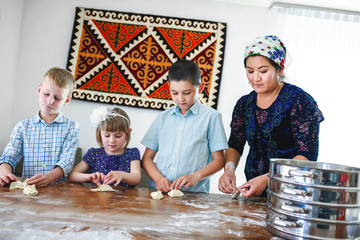 Cooking together with children