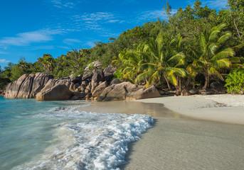 Tropisch eilandstrand Anse Lazio, Praslin, Seychellen