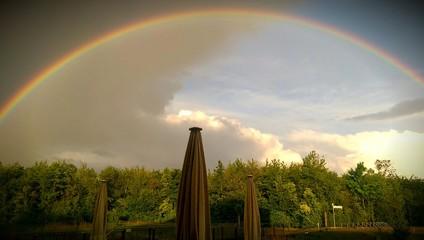 Regenbogen und Sonnenschein