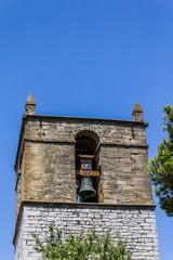 Tour carré et clocher à Rians