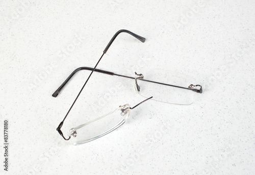 Eyeglasses with lightweight frame broken\