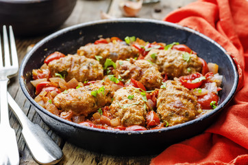 meat sausages with tomatoes