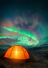 Tuinposter Noorderlicht Camping UNder the Northern Lights