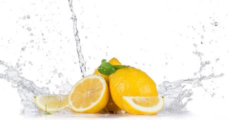 Photo sur Aluminium Eclaboussures d eau Lemon with water splash