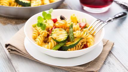 Pasta mit Gemüse - Pasta with veggies