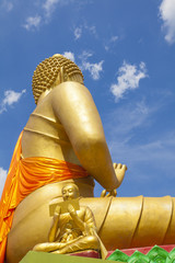 differences image of golden Buddha statue outdoor Thailand