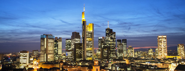 Fototapete - Skyline von Frankfurt am Abend
