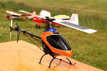 Hubschrauber-Modell / mit Radio gesteuertes Modell