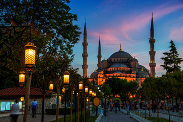 Sultan Ahmed Blue Mosque in Istanbul, Turkey at sunset