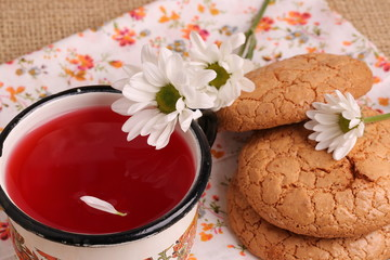compote juice with daisies almond biscuits morning breakfast lunch dinner home kitchen organic health eco rustic kitchen