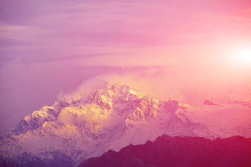 Spoed Fotobehang Candy roze sunrise in the mountains