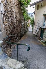Rue dans le village de Valfleury