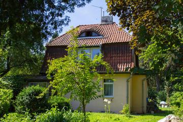 Старый жилой дом в городе Светлогорск.