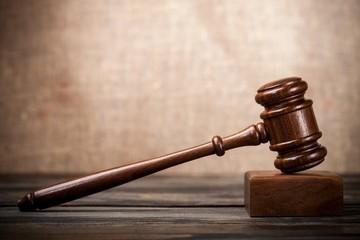 Auction, courtroom, bid.