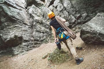 In de dag Alpinisme Woman with climbing equipment outdoor