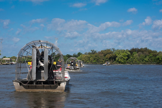 Number of airboats with tourists