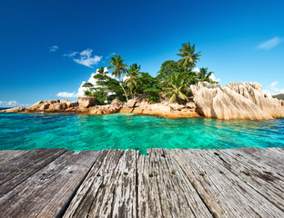 Foto auf Leinwand Tropical strand Beautiful tropical island