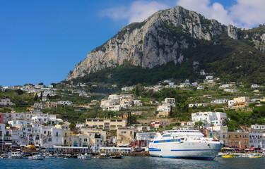 Hafen von Capri-II-Italien