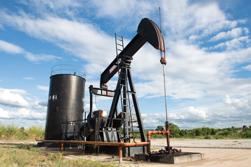 pumpjack pumping crude oil