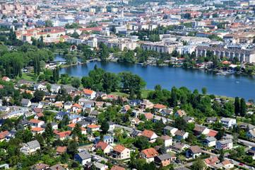 Blick über Wien mit Alte Donau