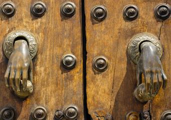 Buscar fotos puerta de madera - Puertas de madera en sevilla ...